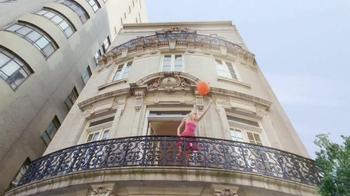Revlon Colorburst Matte & Lacquer Balms TV Spot Featuring Emma Stone - Thumbnail 3