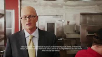 Pizza Hut Wing Street TV Spot, 'TwoPeat' Featuring Scott Van Pelt - Thumbnail 2