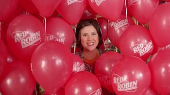 Red Robin Royalty Program TV Spot, 'Balloons'