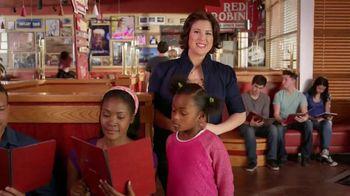 Red Robin DGB TV Spot, 'Damn Great Burger' - Thumbnail 4