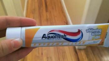 AquaFresh Exteme Clean TV Spot, 'Real People: Morning Routine' - Thumbnail 1