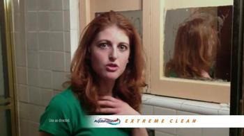 AquaFresh Exteme Clean TV Spot, 'Real People: Morning Routine' - Thumbnail 7