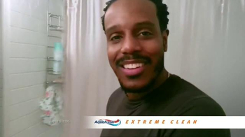 AquaFresh Exteme Clean TV Spot, 'Real People: Morning Routine' - Thumbnail 8