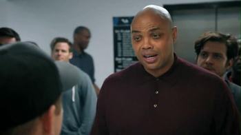 Capital One Venture TV Spot, 'Bobblehead' Featuring Charles Barkley - Thumbnail 3