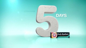Arm and Hammer Truly Radiant TV Spot, 'Strength, Beauty' Ft. Alison Sweeney - Thumbnail 5