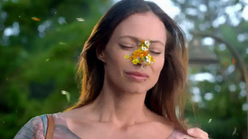 Claritin TV Spot, 'Spring Flowers' - Thumbnail 4