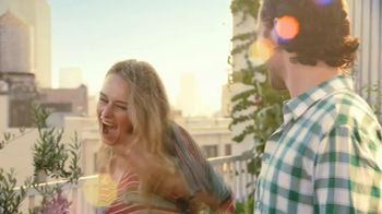 Miracle-Gro TV Spot, 'Grow Something Greater' - Thumbnail 5