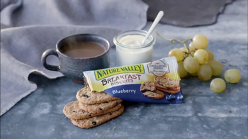 Nature Valley Breakfast Biscuits TV Spot, 'Nature Photographer' - Thumbnail 6