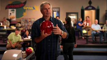 Mitsubishi Electric TV Spot, 'Bowling Alley' Featuring Fred Couples - Thumbnail 5