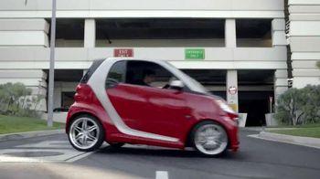 2014 Smart Cars TV Spot, 'Parking Garage'