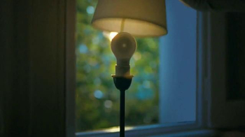 Philips SlimStyle LED Bulb TV Spot, 'Lightbulb' - Thumbnail 5