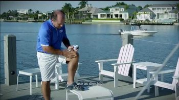 Blue Emu TV Spot, 'Poolside' Featuring Johnny Bench - Thumbnail 4