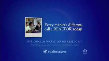 National Association of Realtors TV Spot, 'Haircut' - Thumbnail 6