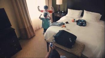 Hilton Hotels Worldwide TV Spot, 'Weekend: The Shore' - Thumbnail 7