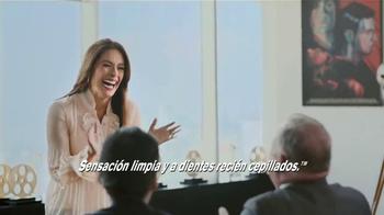 Orbit TV Spot, 'Labios Rojos' [Spanish] - Thumbnail 10