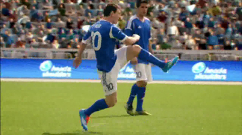 Head & Shoulders 2 in 1 Classic Clean TV Spot Con Lionel Messi [Spanish] - Thumbnail 5