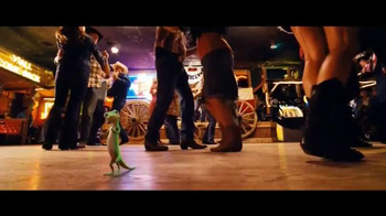 GEICO TV Spot, 'Line Dancing' Song by Wrinkle Neck Mules - Thumbnail 9