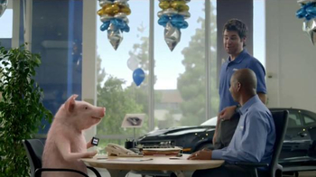 GEICO TV Spot, 'Trade In' - Thumbnail 6