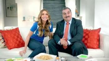 AT&T TV Spot, 'Atractivo' Con Sofía Vergara y Fernando Fiore [Spanish] - Thumbnail 2