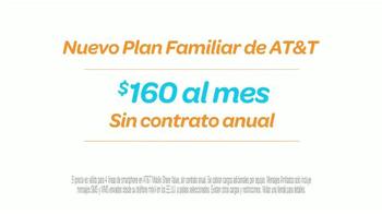 AT&T TV Spot, 'Atractivo' Con Sofía Vergara y Fernando Fiore [Spanish] - Thumbnail 8