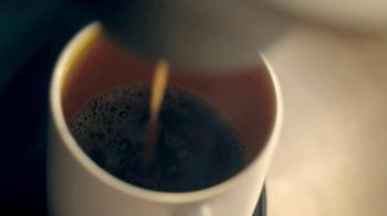 Dunkin' Donuts Pumpkin K-Cup Packs TV Spot, 'Best Day' - Thumbnail 4