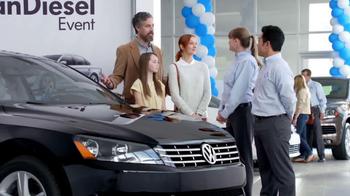 Volkswagen Passat TDI Clean Diesel Event TV Spot, 'Two Deals in One' - Thumbnail 5