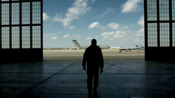 US Air Force TV Spot, 'Airman' - Thumbnail 7