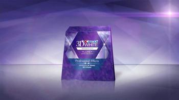 Crest 3D White Whitestrips Luxe TV Spot, 'Lapiz Blanqueador' [Spanish] - Thumbnail 7