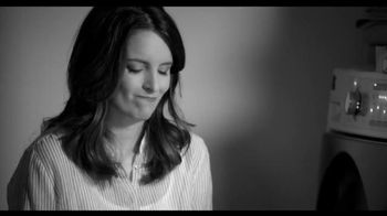 American Express EveryDay Card TV Spot, 'Dryer Sheets' Featuring Tina Fey - Thumbnail 1