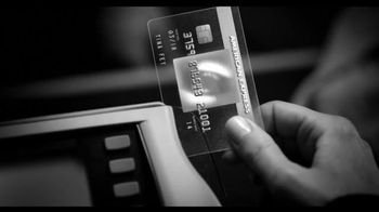 American Express EveryDay Card TV Spot, 'Dryer Sheets' Featuring Tina Fey - Thumbnail 6
