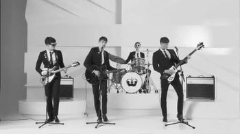 Rimmel London Scandaleyes Retro Glam TV Spot, 'Go Retro' Featuring Georgia May Jagger - Thumbnail 3
