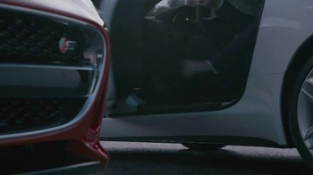 Jaguar F-Type TV Spot, 'Getaway' - Thumbnail 4