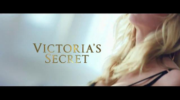 Victoria's Secret Bombshell TV Spot, 'Don't Be Shy' Song by The Knocks - Thumbnail 10