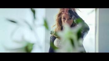 Victoria's Secret Bombshell TV Spot, 'Don't Be Shy' Song by The Knocks - Thumbnail 2