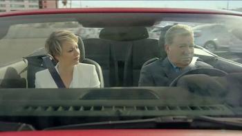 Priceline.com TV Spot, 'Wheels' Featuring William Shatner, Kaley Cuoco - Thumbnail 4