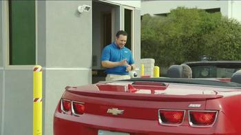 Priceline.com TV Spot, 'Wheels' Featuring William Shatner, Kaley Cuoco - Thumbnail 7