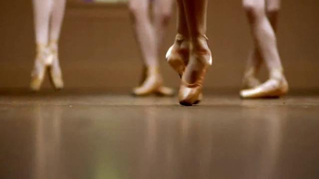Gold Bond Ultimate TV Spot, 'Dancers Feet' - Thumbnail 1