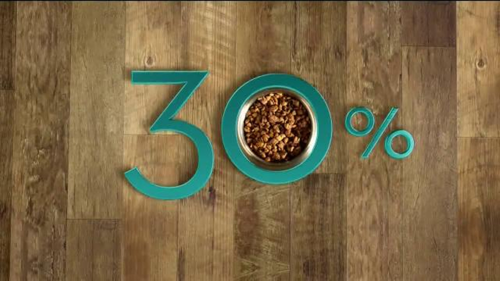 Purina One True Instinct TV Commercial, 'Real Salmon'