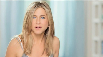 Aveeno Sheer Hydration TV Spot, \'Feather Light\' Featuring Jennifer Aniston