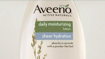 Aveeno Sheer Hydration TV Spot, 'Feather Light' Featuring Jennifer Aniston - Thumbnail 2
