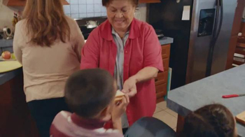 Kraft Singles TV Spot, 'Cocinar con Amor' [Spanish] - Thumbnail 6