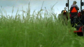 Mahindra TV Spot, 'Women in Agriculture' - Thumbnail 9