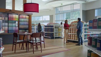 Benjamin Moore TV Spot, 'Who Are You Talking to About Stain?' - Thumbnail 7