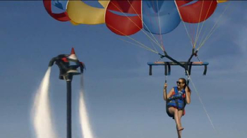Travelocity Memorial Day Sale TV Spot, 'Epic-er Vacations' - Thumbnail 3