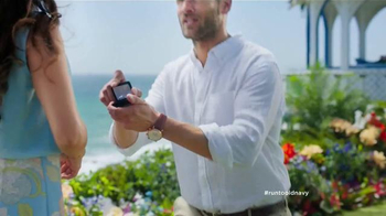 Old Navy TV Spot, 'The Proposal' Featuring Julia Louis-Dreyfus - Thumbnail 3