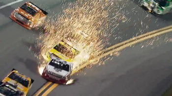2015 NASCAR Camping World Truck Series TV Spot, 'Truckers' - Thumbnail 6