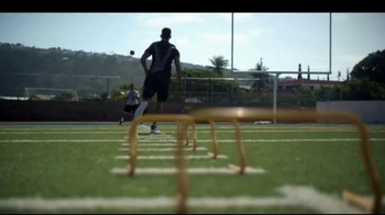 Beats Audio TV Spot, 'For the Moms that Make Us Great' Feat. Marcus Mariota - Thumbnail 3