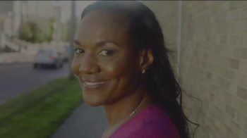 Beats Audio TV Spot, 'For the Moms That Make Us Great' Feat. LeBron James - Thumbnail 4