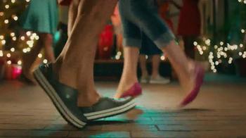 Crocs, Inc. TV Spot, 'Dancing Shoes' - Thumbnail 3
