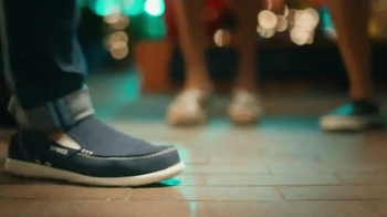 Crocs, Inc. TV Spot, 'Dancing Shoes' - Thumbnail 4